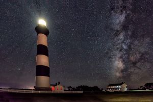 Bodie-Island-Lighthouse-and-Milky-Way-c1.jpg